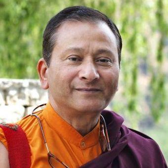 Dr. Saamdu Chetri